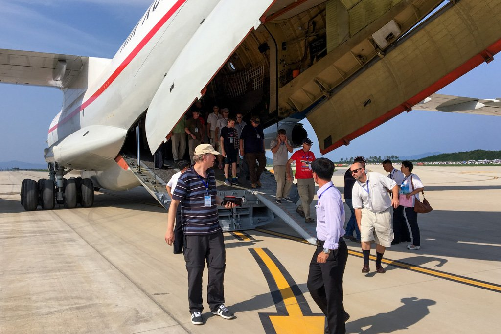 Disembarking the Il-76