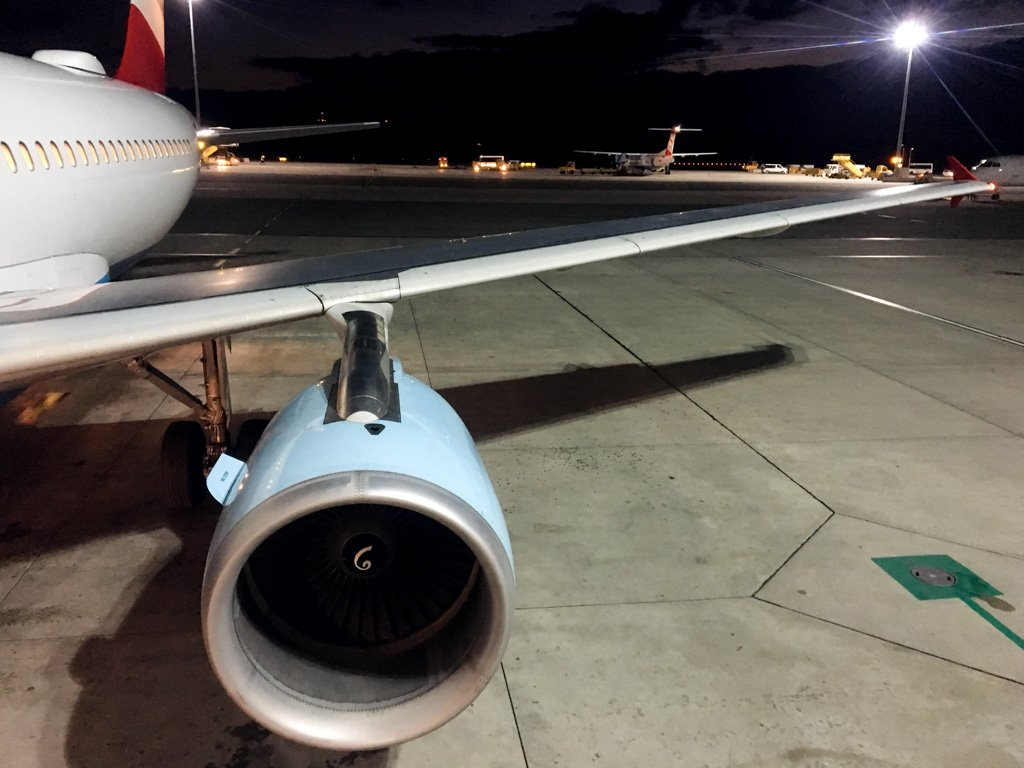 Austrian Airlines A320 Vienna Paris Review