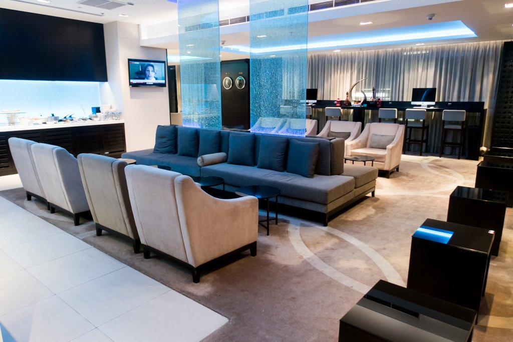 Oman Air First & Business Class Lounge at Bangkok Suvarnabhumi