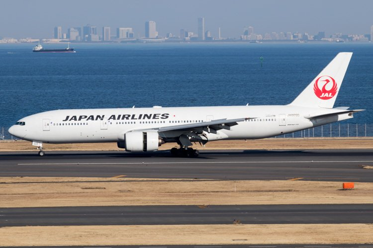 JAL Japan Airlines Boeing 777-200