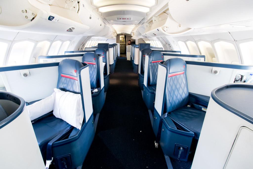Delta Airlines Boeing 747 400 Interior