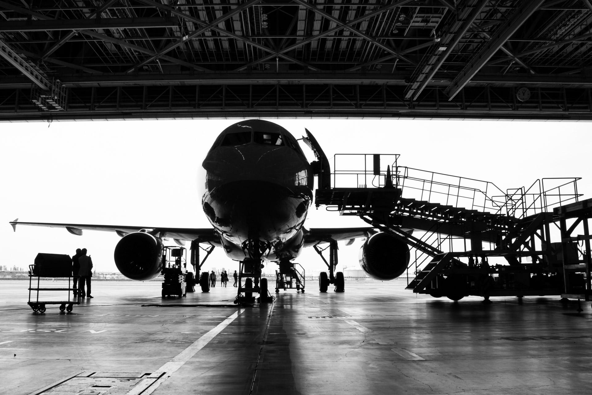 Hangar Tours