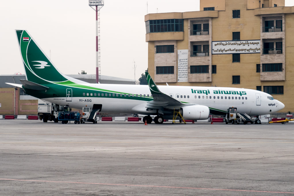 Iraqi Airways Boeing 737