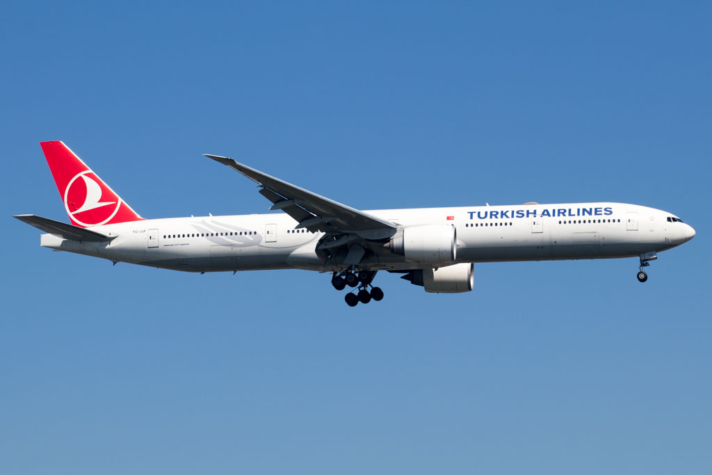 Turkish Airlines 777-300