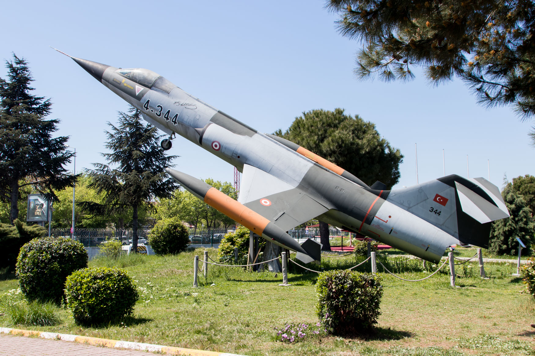 Istanbul Aviation Museum Gate Guard F-104