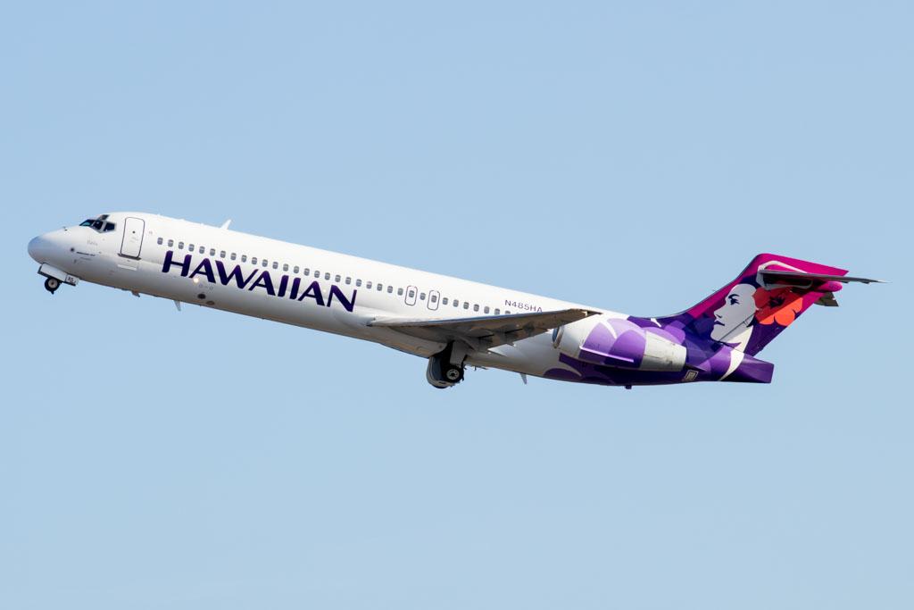 Hawaiian Airlines Boeing 717-200