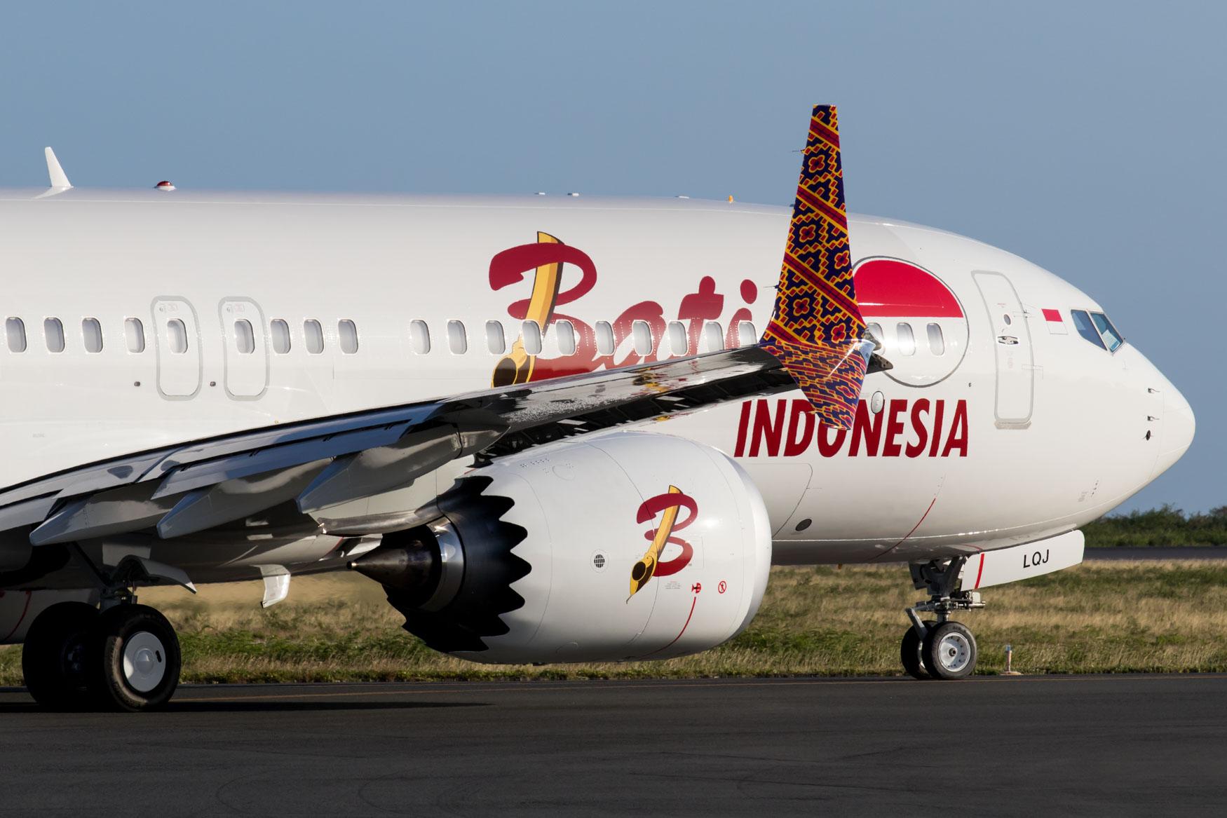 Batik Indonesia Boeing 737 MAX 8