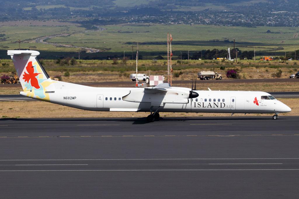 Island Air Bombardier Q400