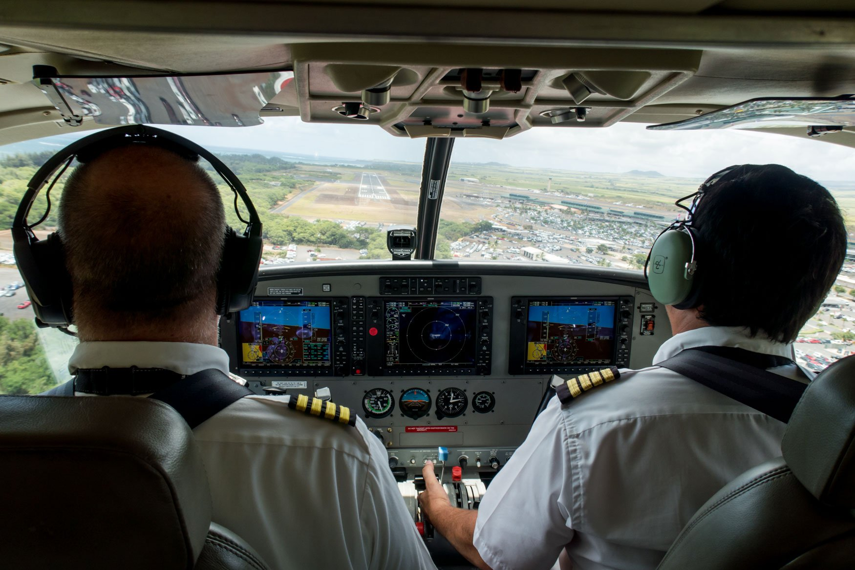 Approaching Kahului Airport