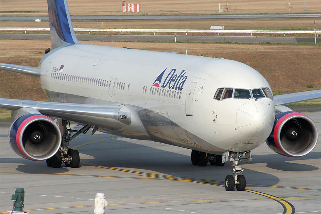 Delta Air Lines at Budapest in 2007