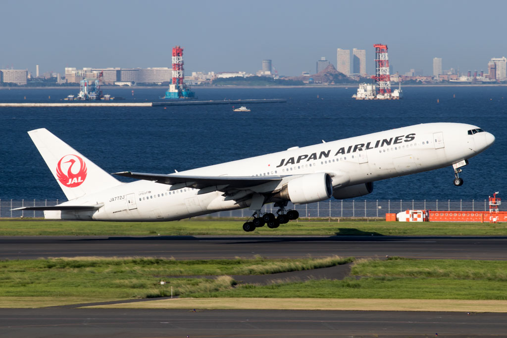 JAL 777