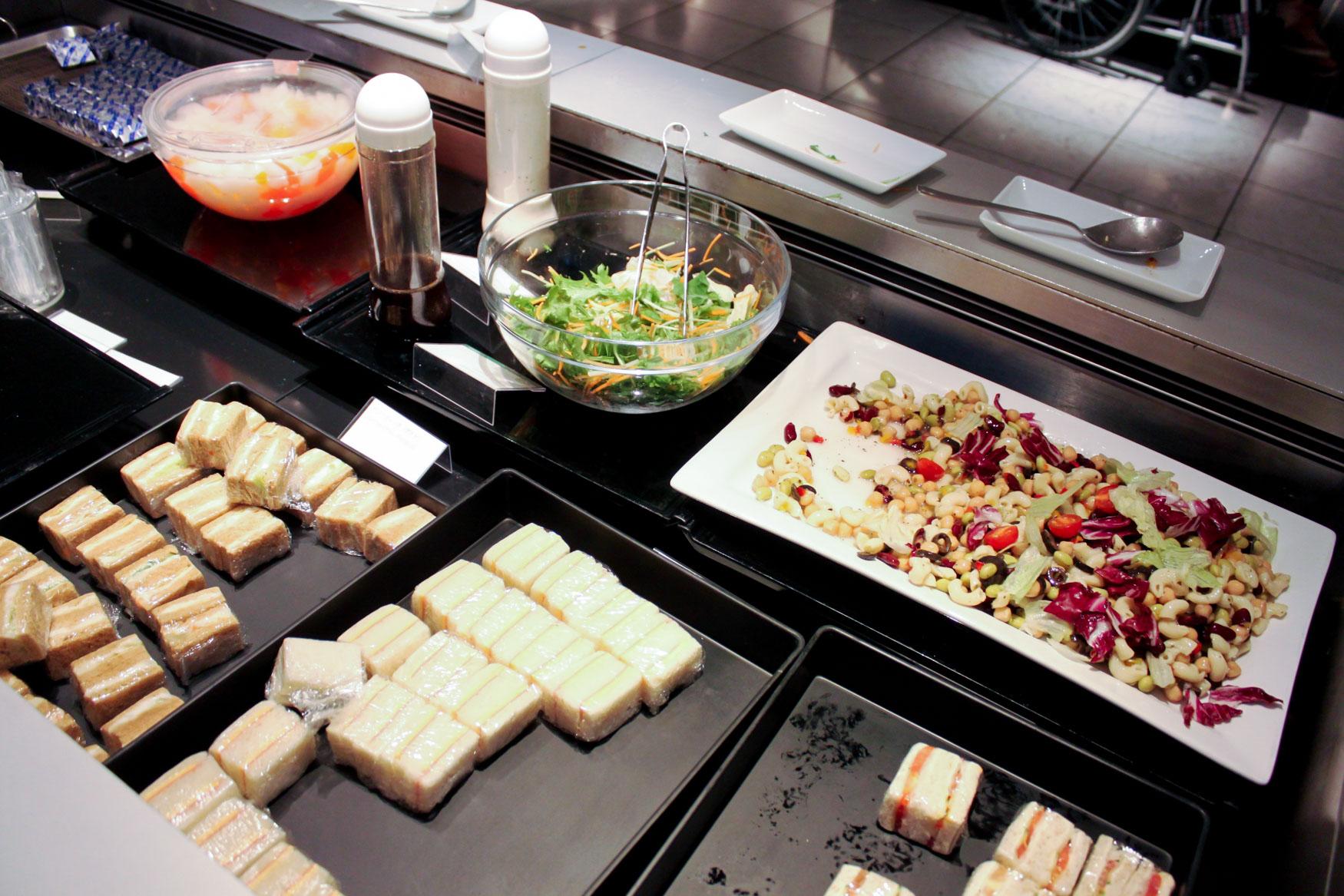 ANA Lounge Tokyo Narita Food