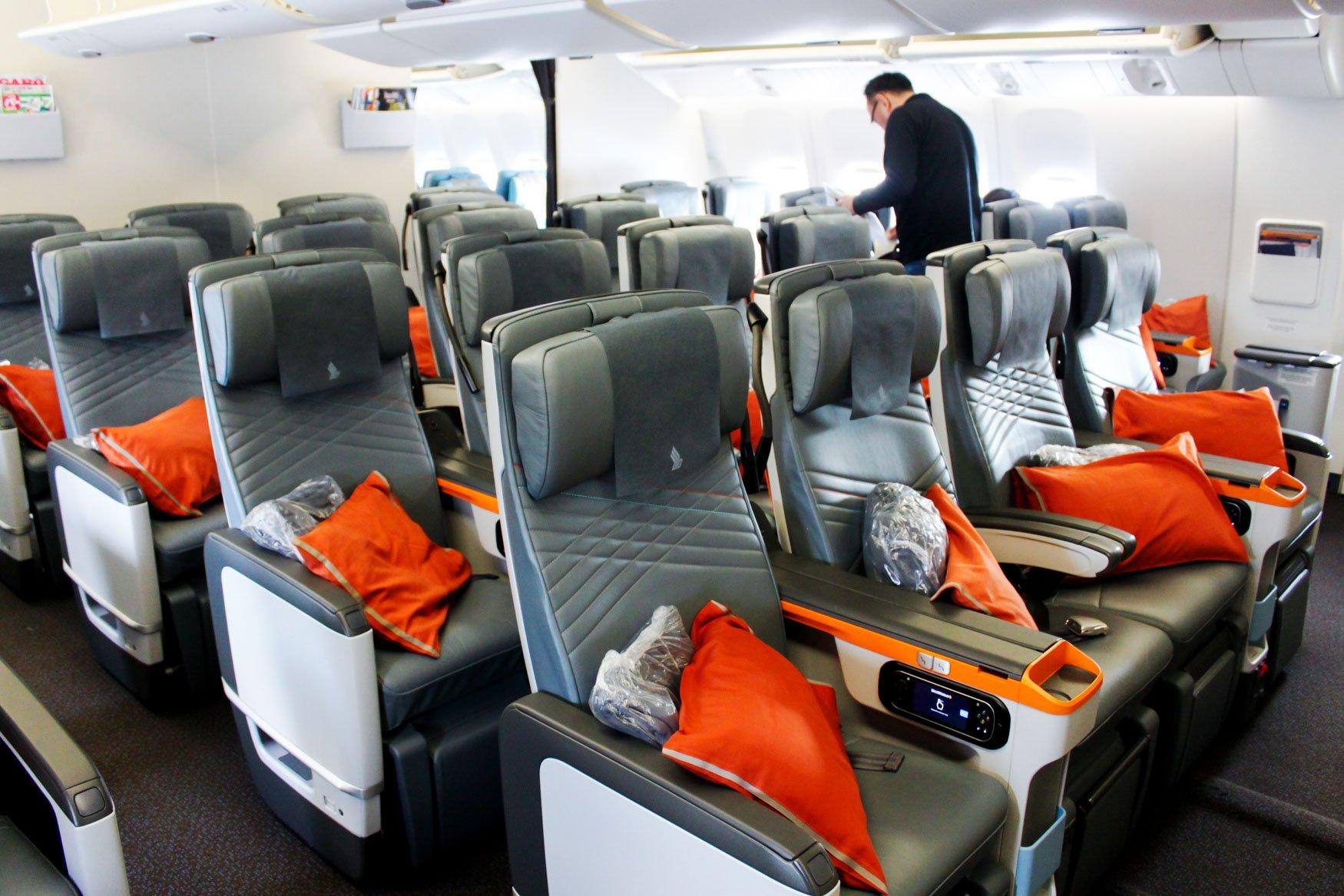 Singapore Airlines 777-300ER Premium Economy Class