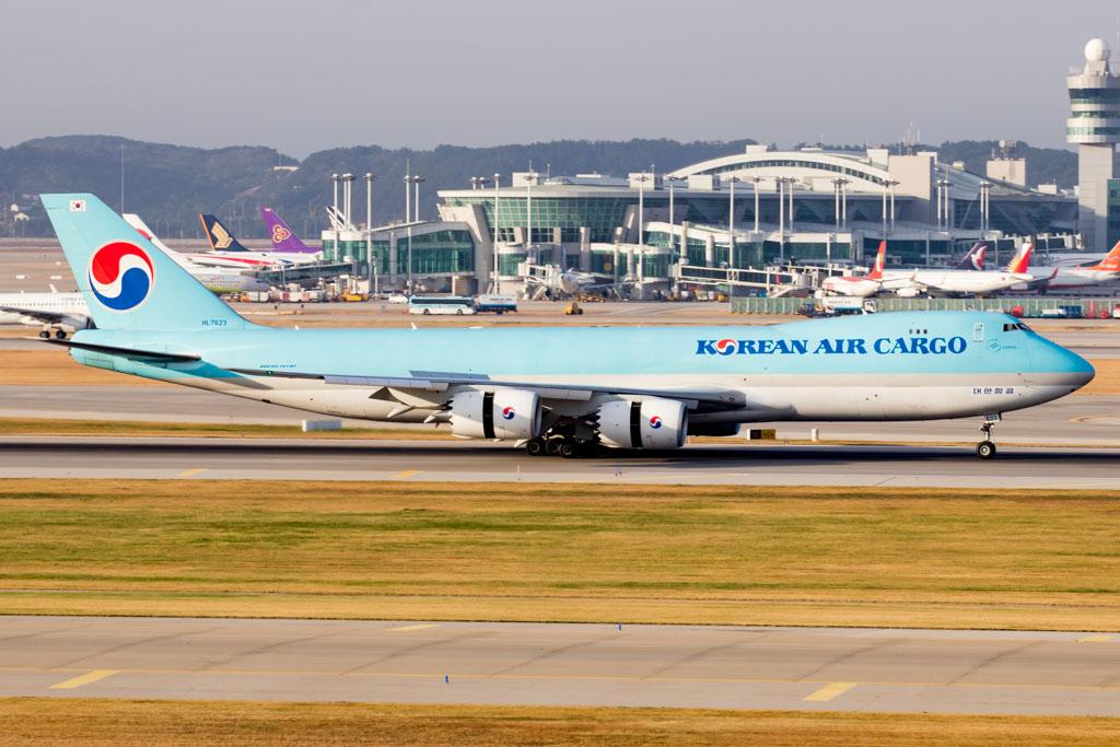 Korean Air Cargo 747-8F
