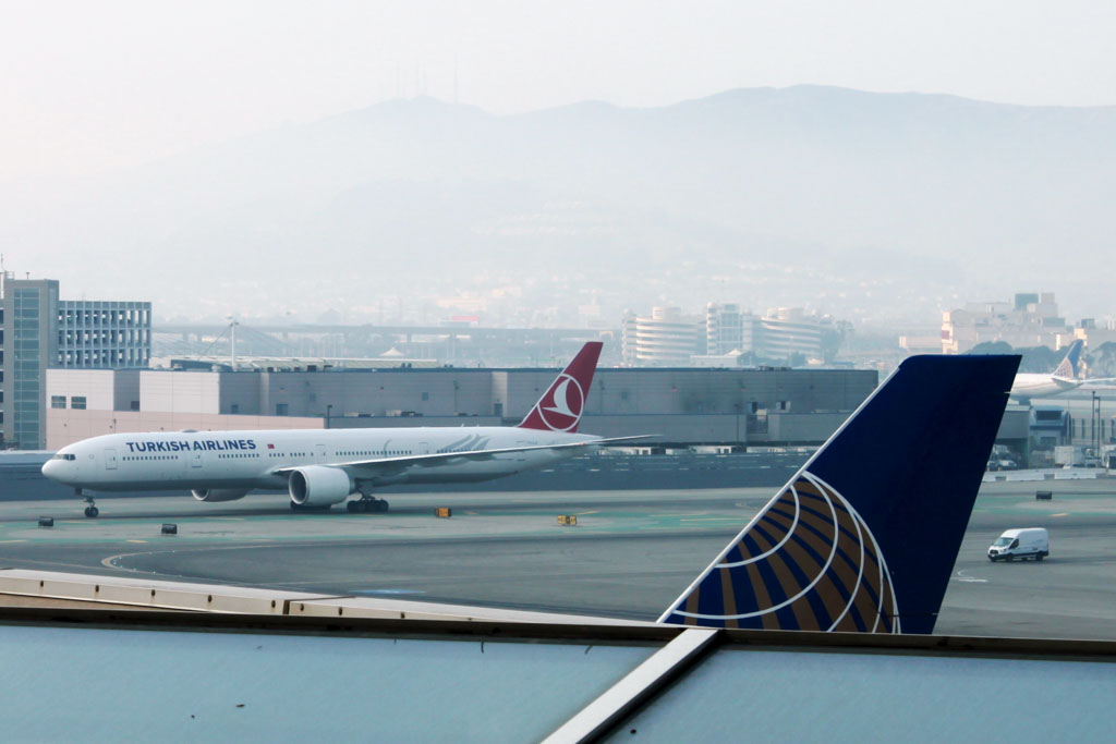 Turkish Airlines 777 at San Francisco Airport
