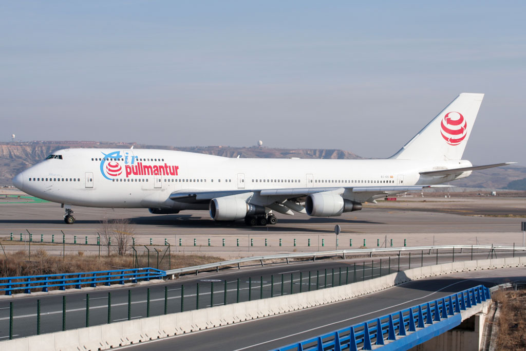 Pullmantur Air 747-300 at Madrid Barajas