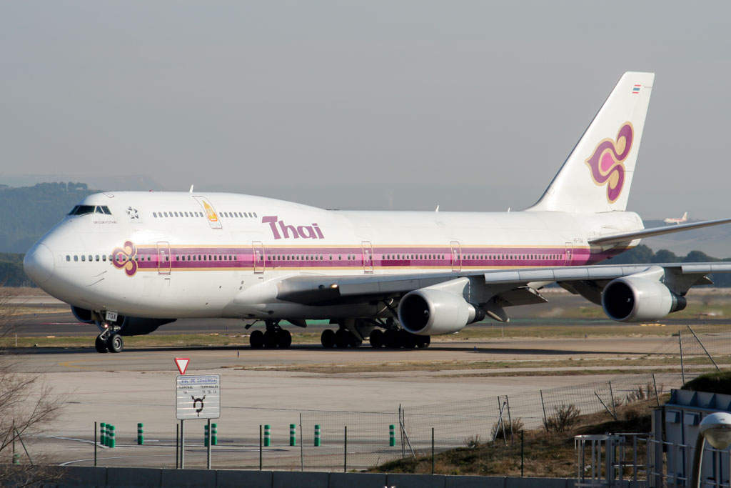 Thai Boeing 747-400 at Madrid Barajas