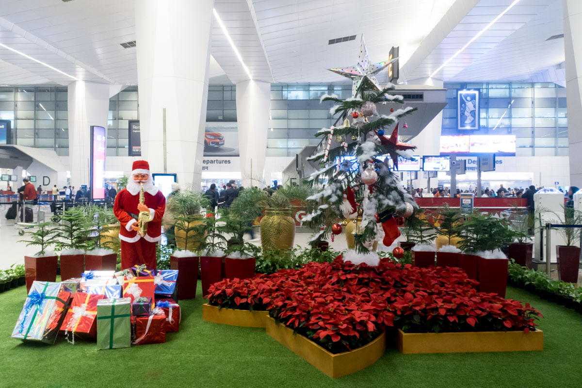Delhi Airport Check-In Hall Christmas Decorations