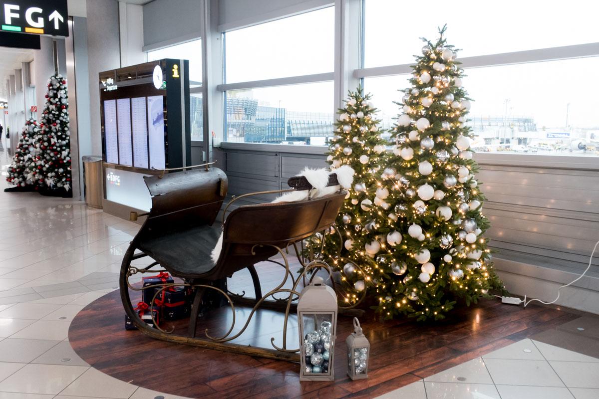 Vienna Airport Christmas Tree