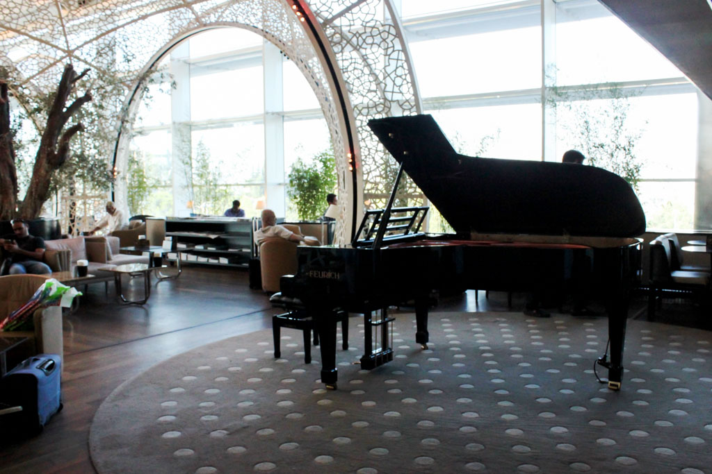 Turkish Airlines Lounge Istanbul Piano