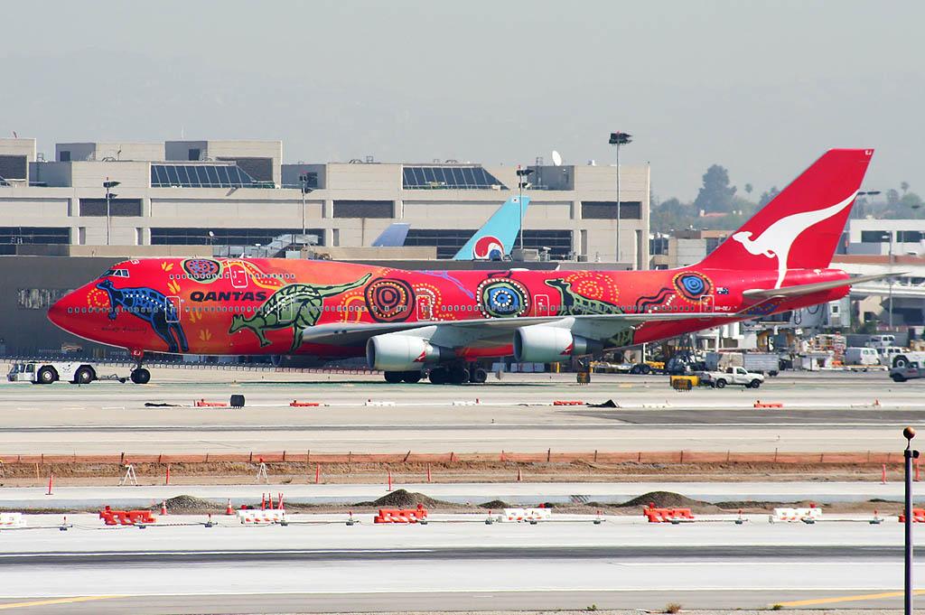 Qantas Boeing 747-400 Wunala Dreaming