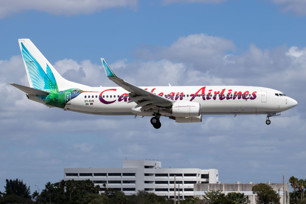 Caribbean Airlines Boeing 737-800