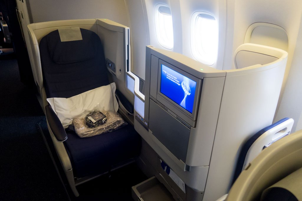 review british airways 777300er economy class from