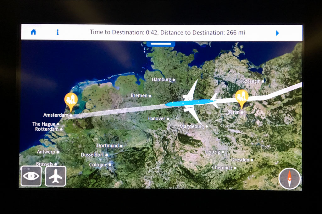 Watching a Flight on the Moving Map