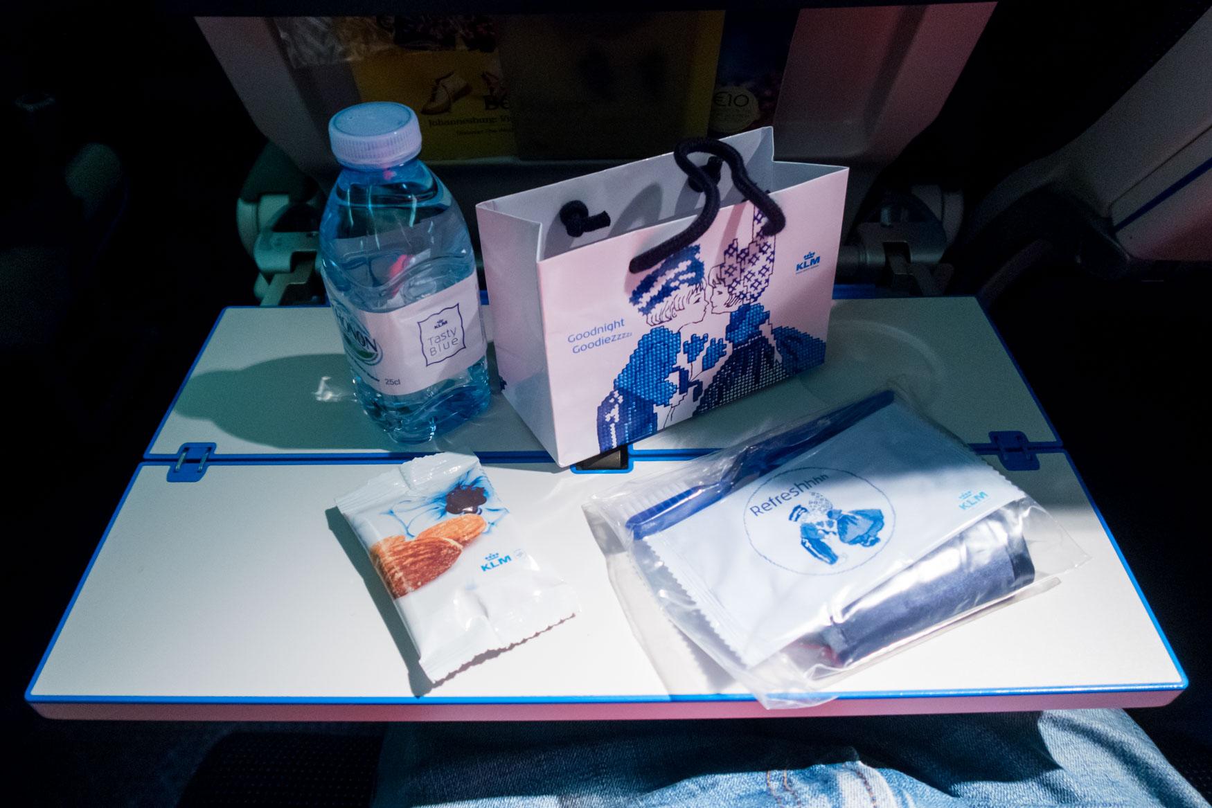 KLM Amenity Kit