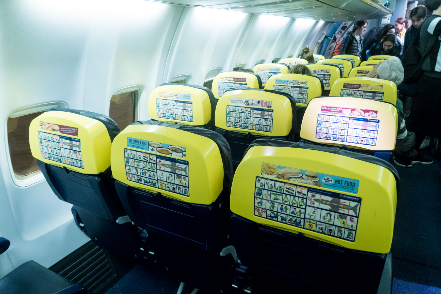 Ryanair vs. easyJet vs. Norwegian vs. Wizz Air Seat Selection