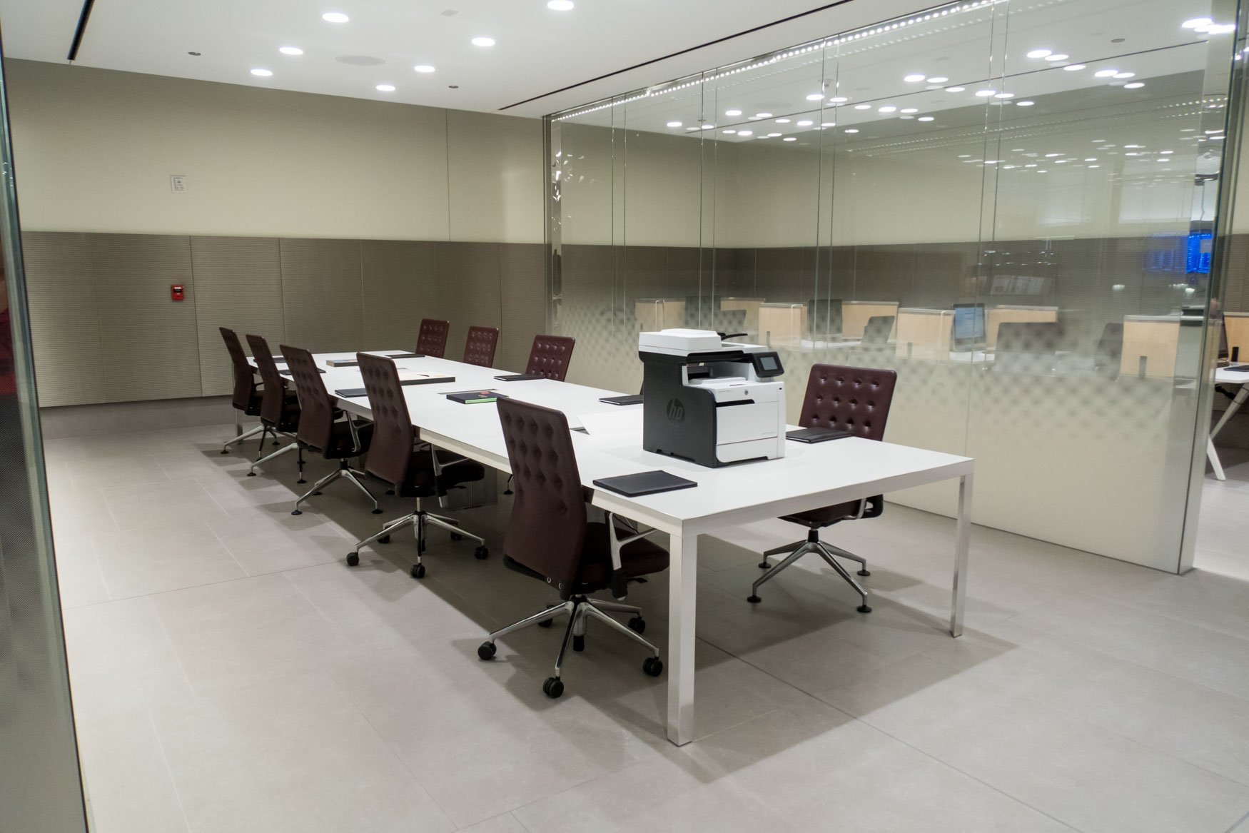Conference Room in Qatar Airways' Lounge's Business Center