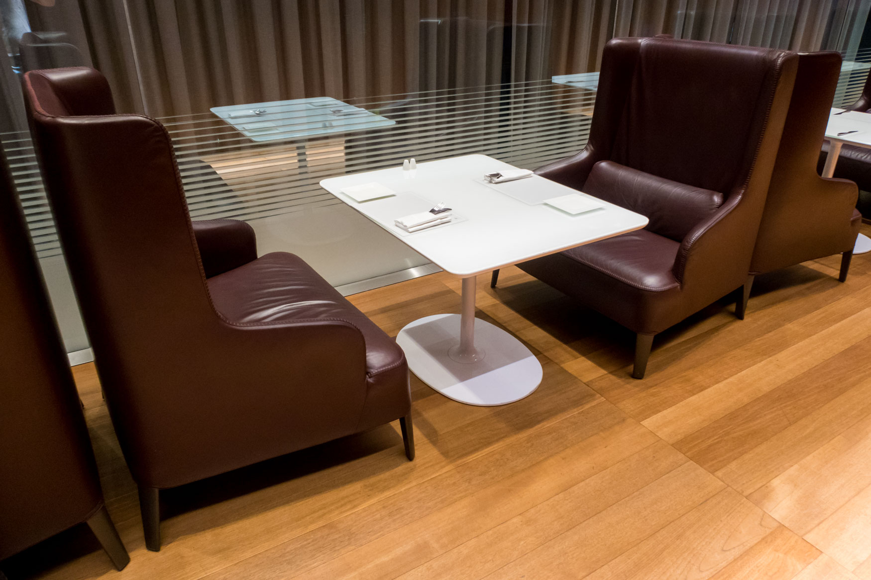 Restaurant Seats in Qatar's Lounge