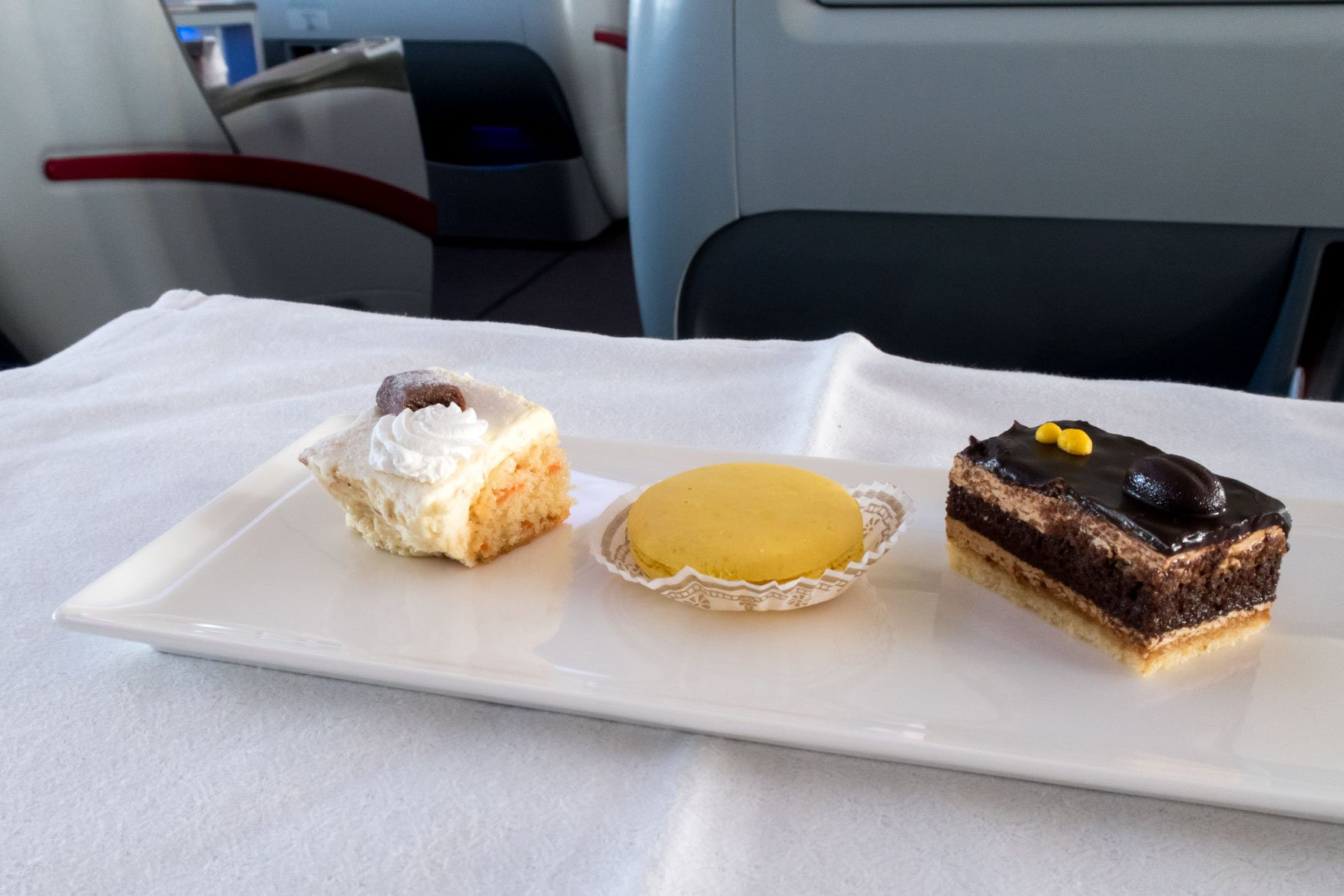 Qatar Airways Dessert Hanoi - Bangkok