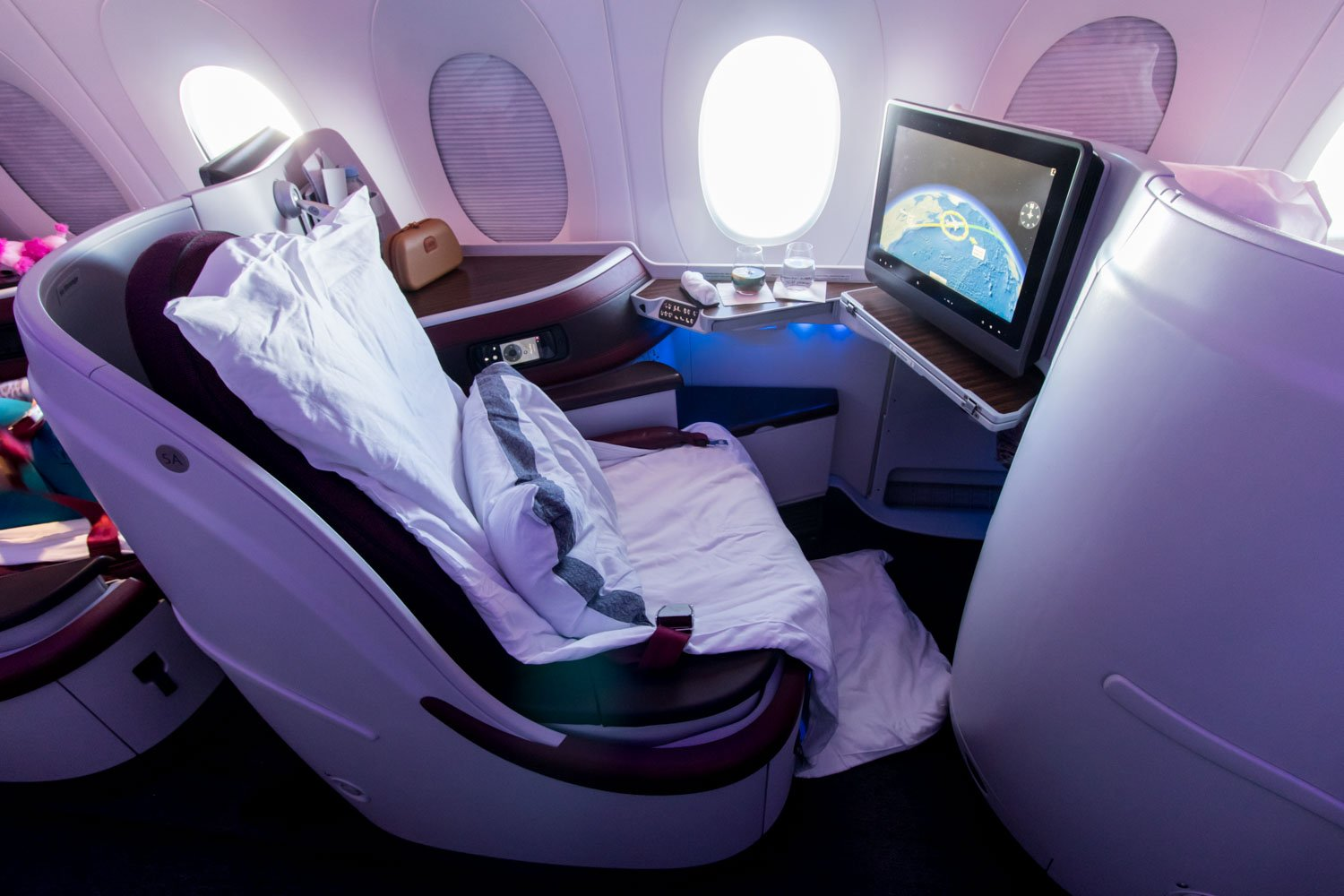 Qatar Airways Airbus A350-900 Business Class Seat
