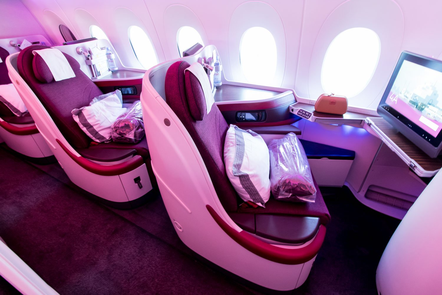 Qatar Airways Reverse Herringbone Seat