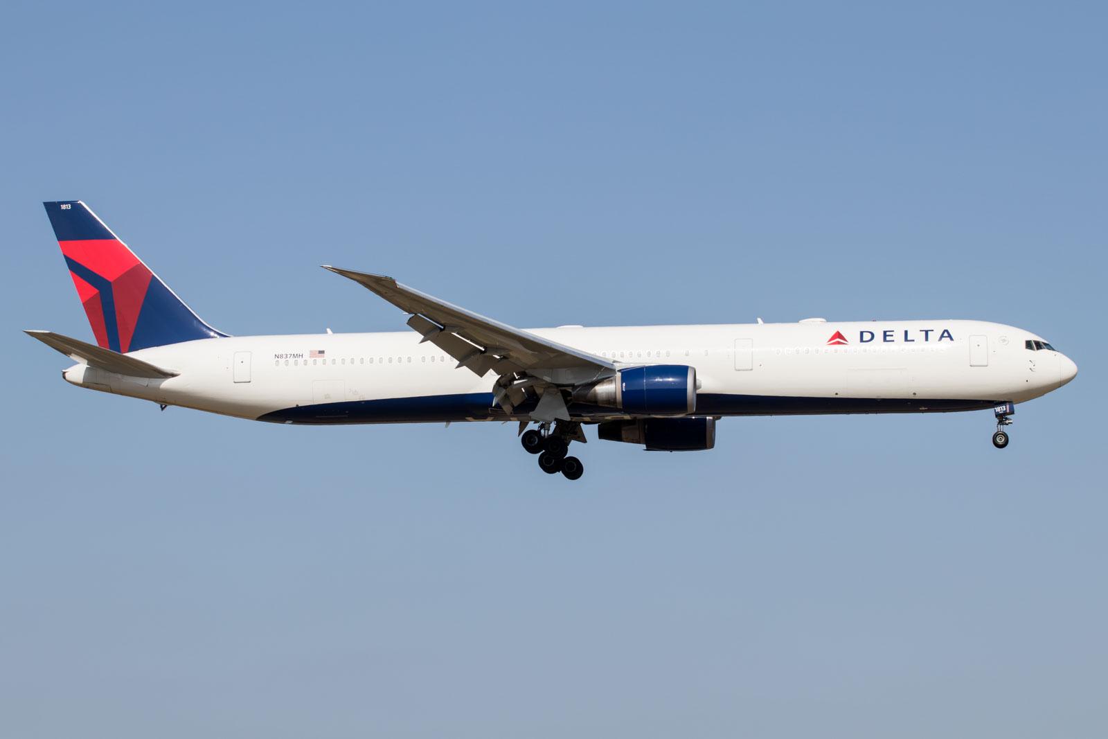 Delta Air Lines Boeing 767-400ER at Tokyo Narita