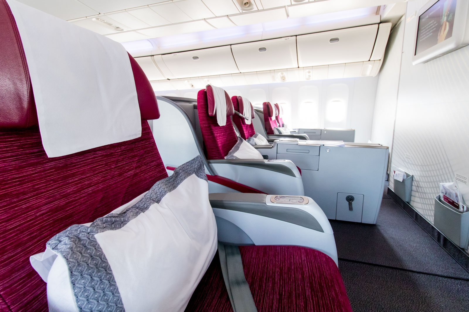 Qatar Airways 777-300ER Business Class Seat