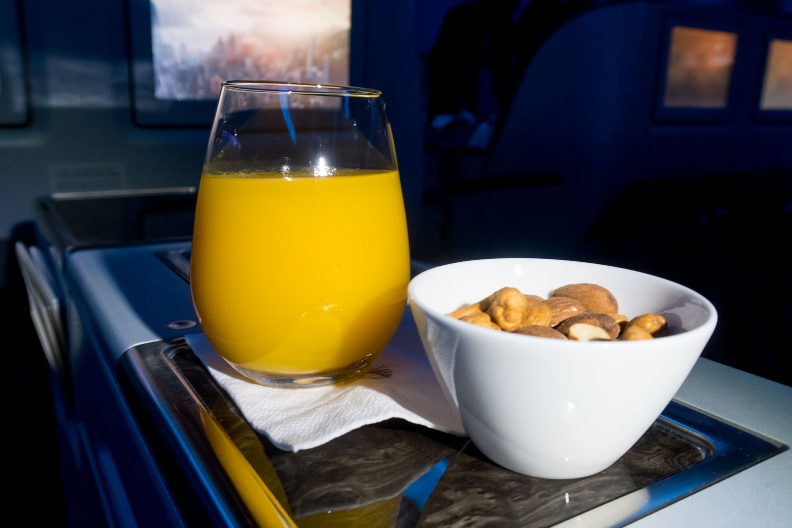 Mango Juice and Nuts Onboard Qatar Airways