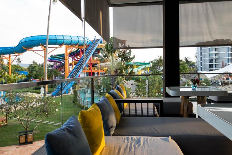 Grand West Sands Resort & Villas Phuket Bar