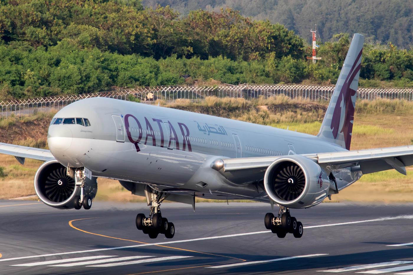 Qatar Airways 777-300ER at Phuket Airport
