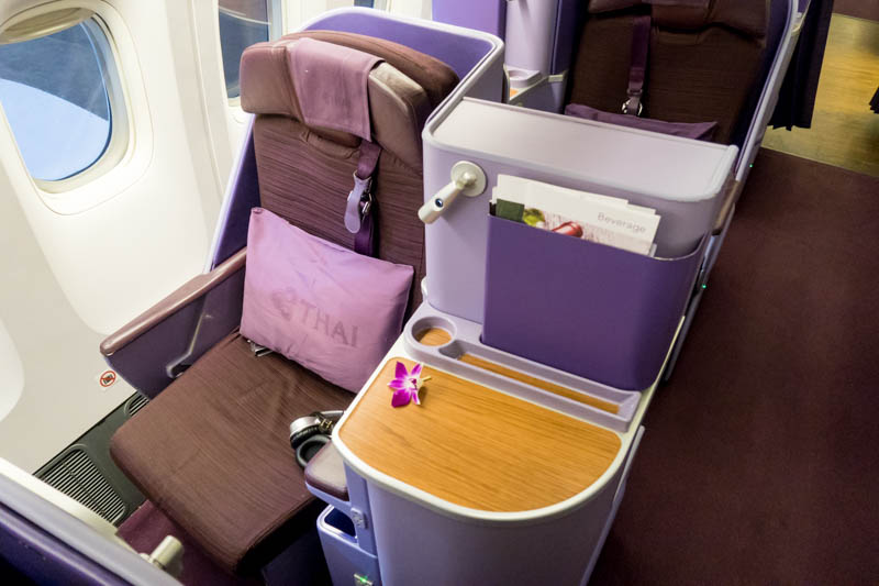 Thai Airways 777-300ER Business Class Seat