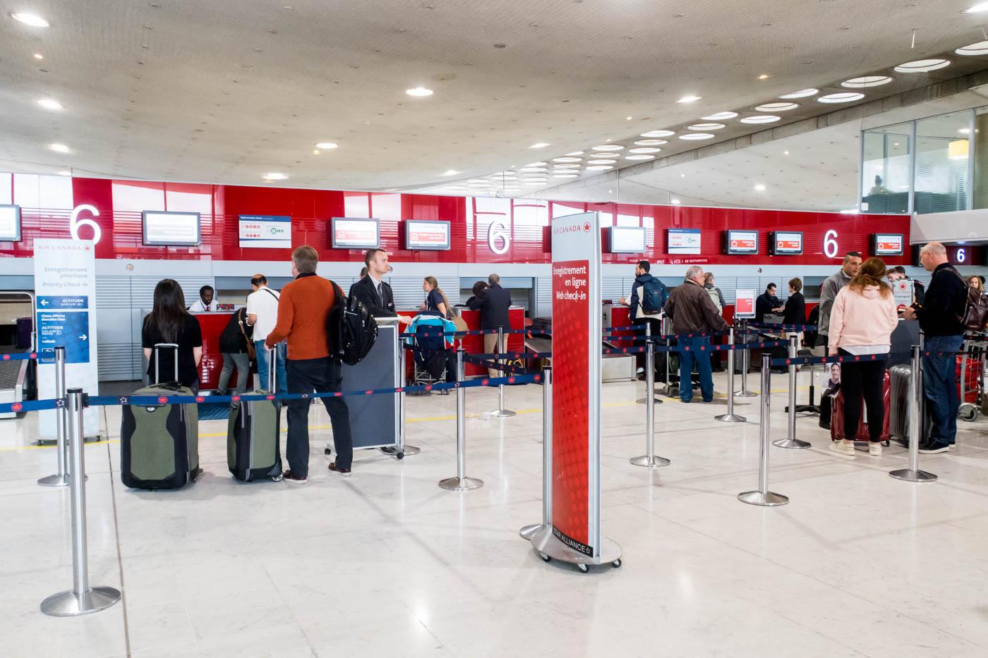 Air Canada Check-in at Paris CDG