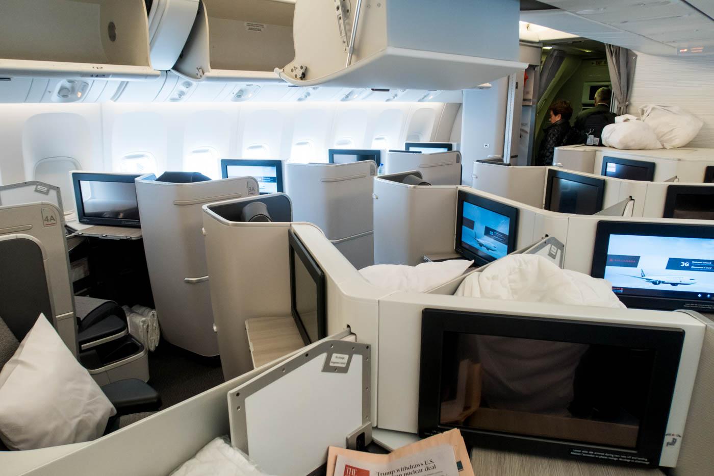 Air Canada 777-300ER Business Class