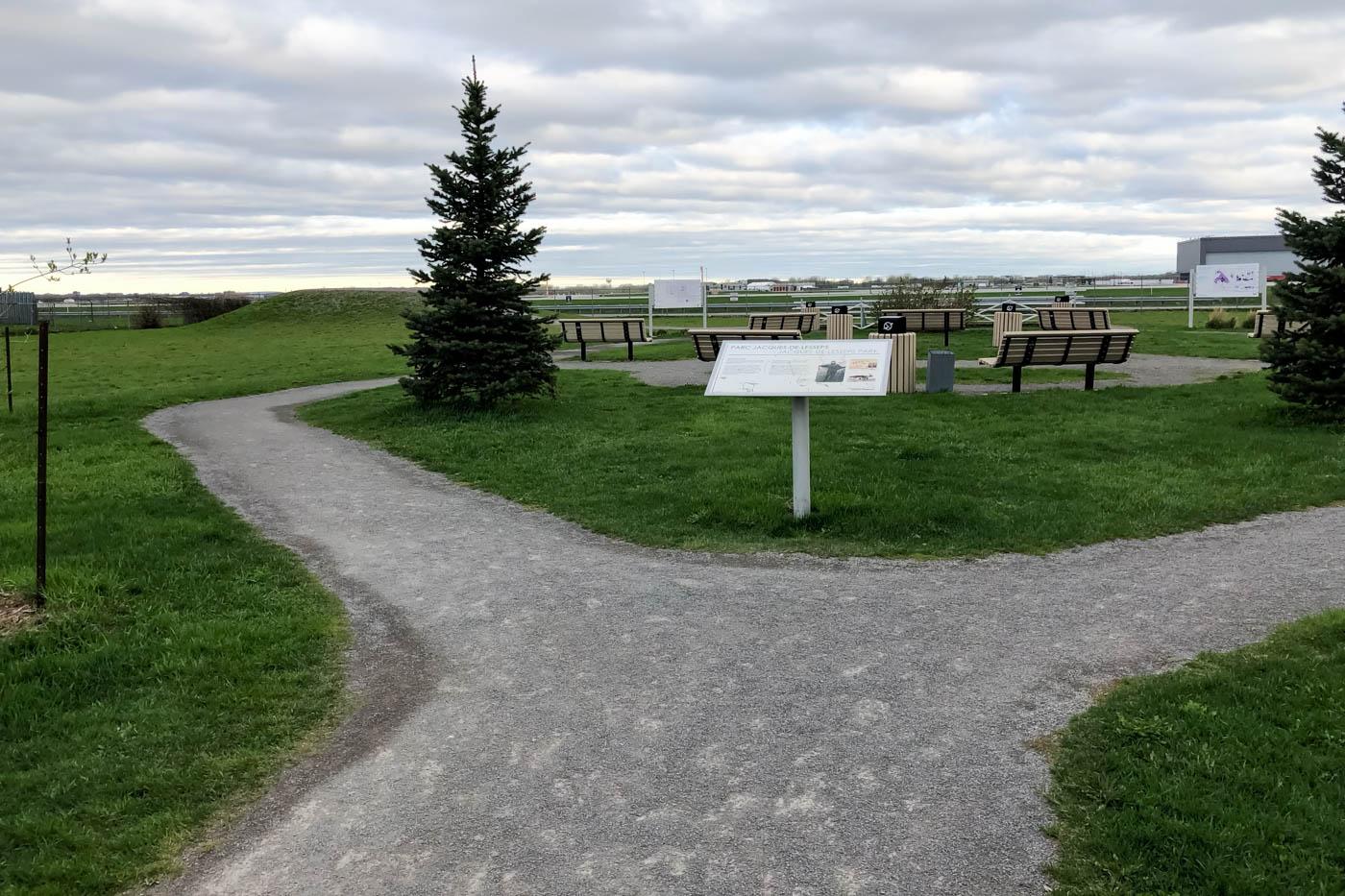 Jacques-de-Lesseps Park
