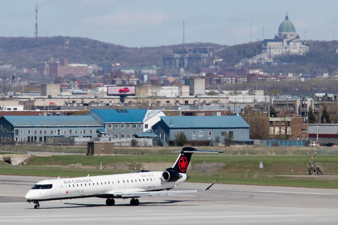Air Canada Express CRJ