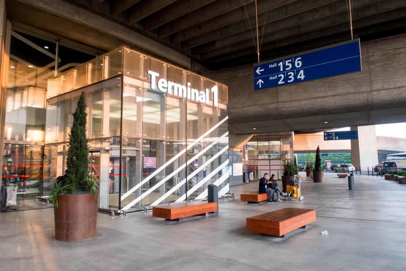 Paris Charles de Gaulle Airport Terminal 1 Exterior