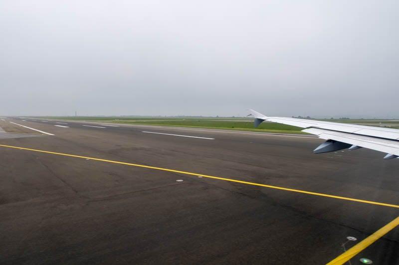 Runway 09R Paris CDG