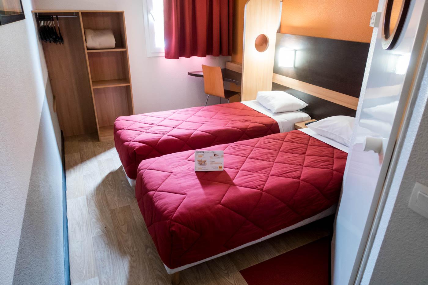 Premiere Classe Roisy-en-France Room