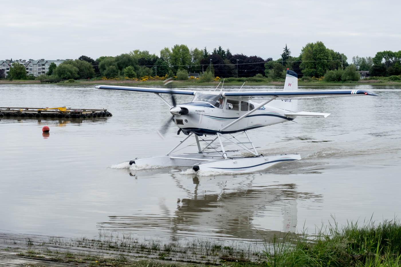 Seair Seaplanes Cessna 185