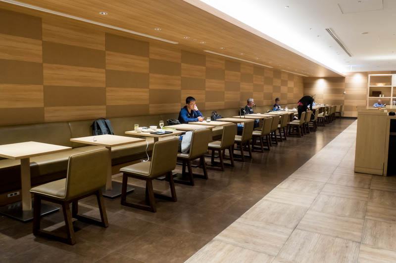 Tables in JAL Sakura Lounge at Haneda